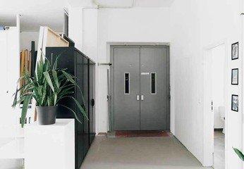 Berlin Fotostudio Filmstudio IKONIC PHOTOSTUDIO 2 image 8