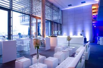 Hamburg Eventlocation  Foyer mit Elbblick image 2