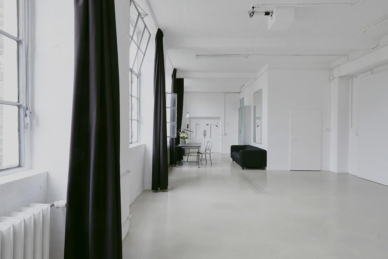 Berlin Seminarraum Fotostudio Studio-Location-Berlin image 15