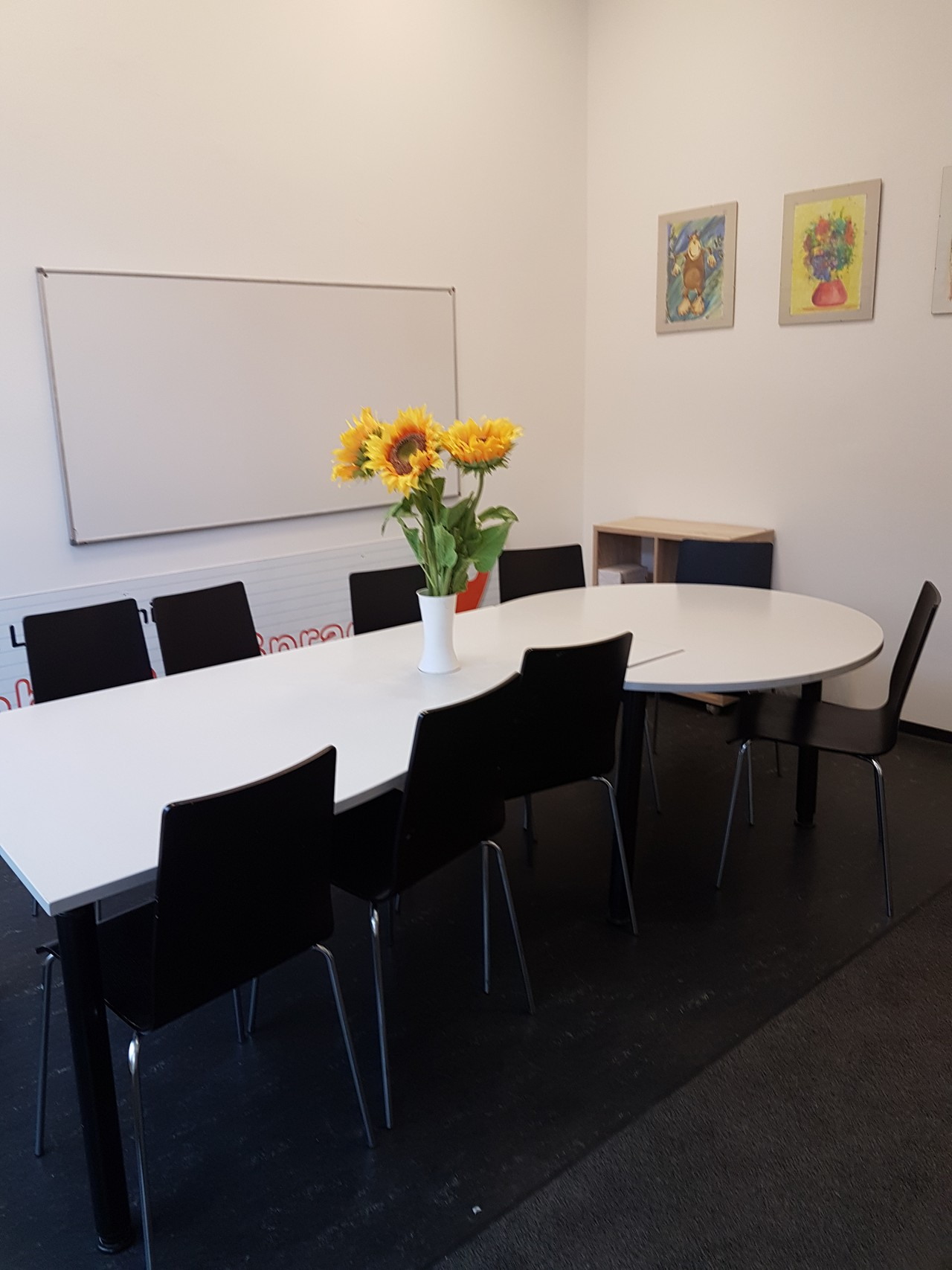 Berlin  Büroraum Büroraum / Arbeitsplatz image 2