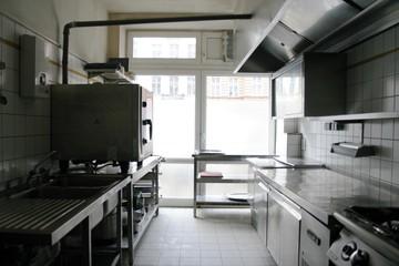 Berlin  Küche Fichtenküche image 1