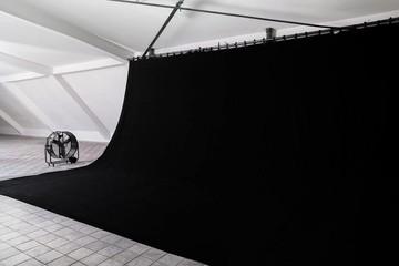 Berlin  Fotostudio WE Studio 2 - BLACK ROOM image 2