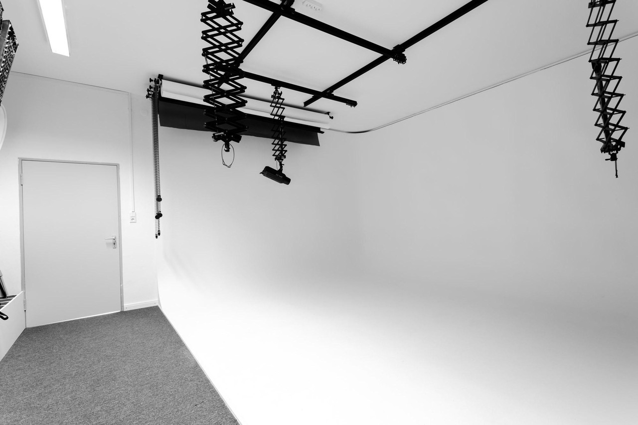 Rest of the World  Fotostudio Studio Bianco image 0