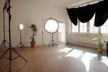 Berlin  Fotostudio Chorusart Productions GmbH image 1