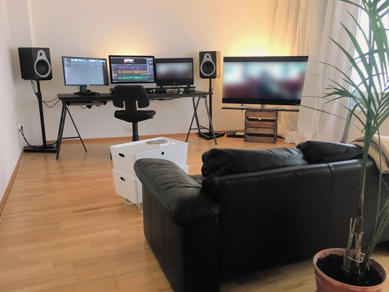 Rest der Welt  Schnittstudio Coeur Noir Editing Suite image 0