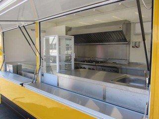 Berlin  Küche FoodTruck image 1