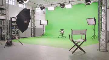 Hamburg  Filmstudio Greenscreenstudio image 0