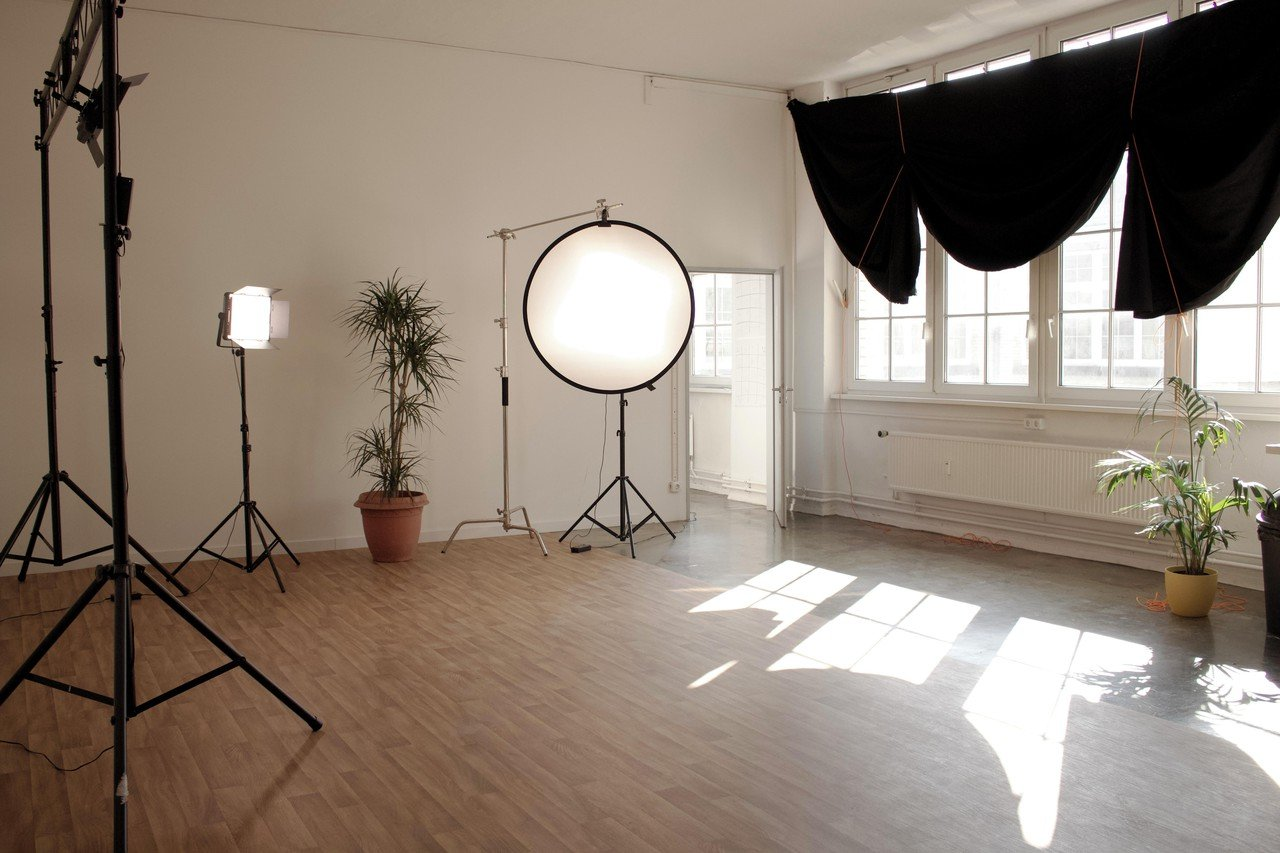 Berlin  Filmstudio Chorusart Productions GmbH image 0