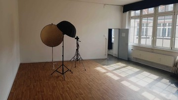 Berlin  Filmstudio Chorusart Productions GmbH image 8