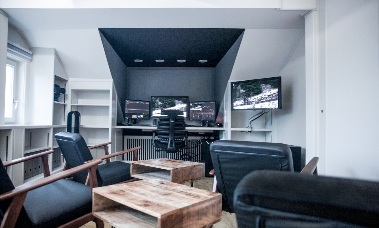 Dortmund  Schnittstudio Grading Suite // Eleven Post Production image 0