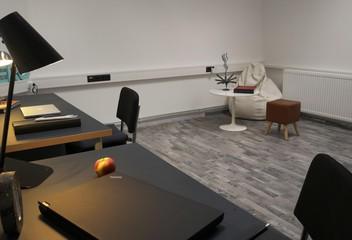 Berlin  Büroraum Rummelsburg Studios image 2