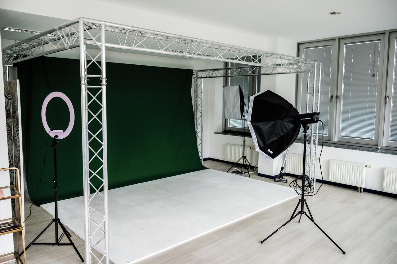 Hamburg  Fotostudio Maystudio by Dynamic Media image 0