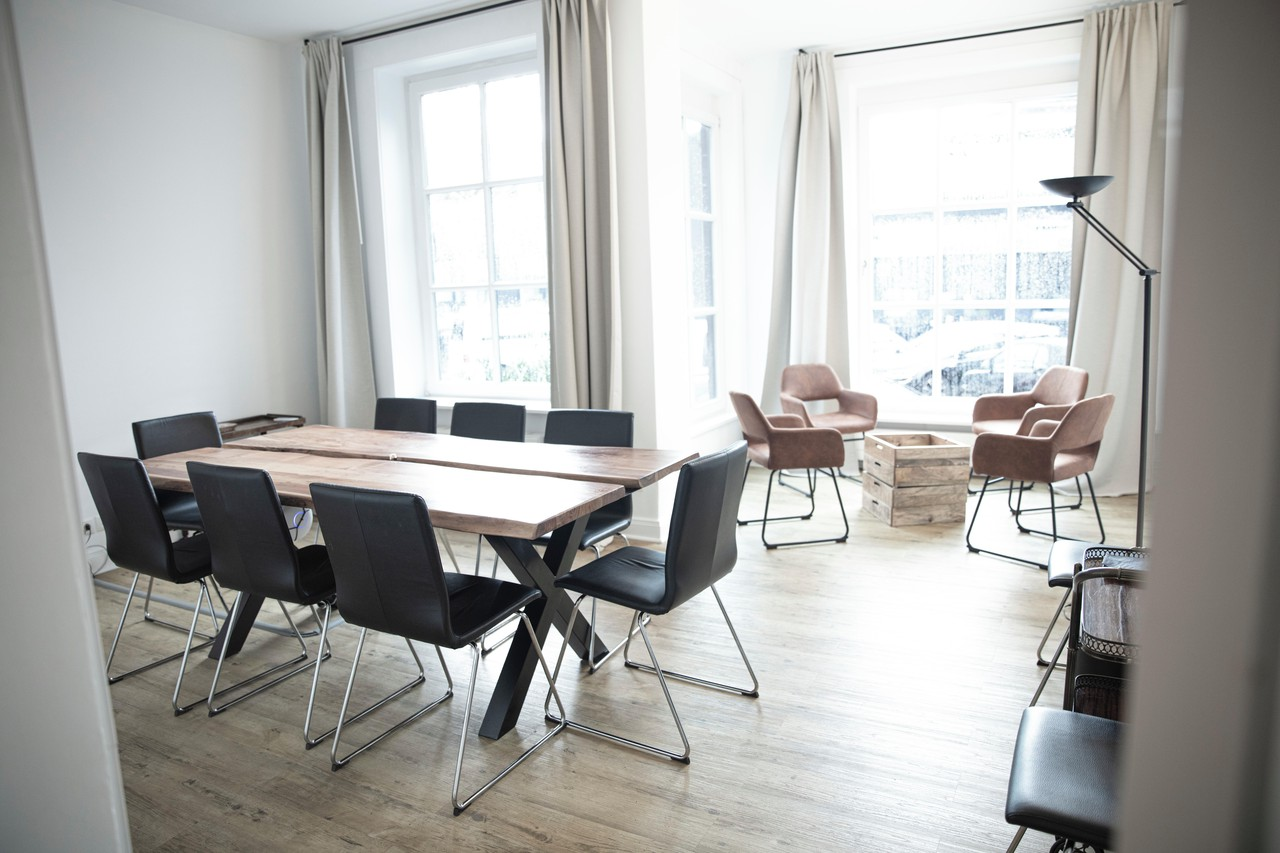 Hamburg  Coworking Konferenzraum // Kontorhaus image 3