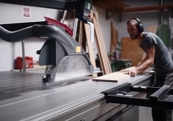 Rest der Welt Seminarraum Werkstatt Holzkombinat - Maschinenraum image 1
