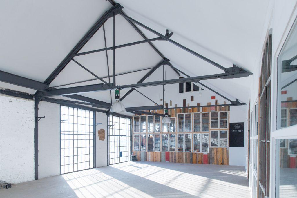 kaos event studio mieten in berlin. Black Bedroom Furniture Sets. Home Design Ideas