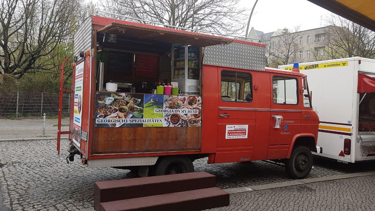 food truck mieten in berlin. Black Bedroom Furniture Sets. Home Design Ideas