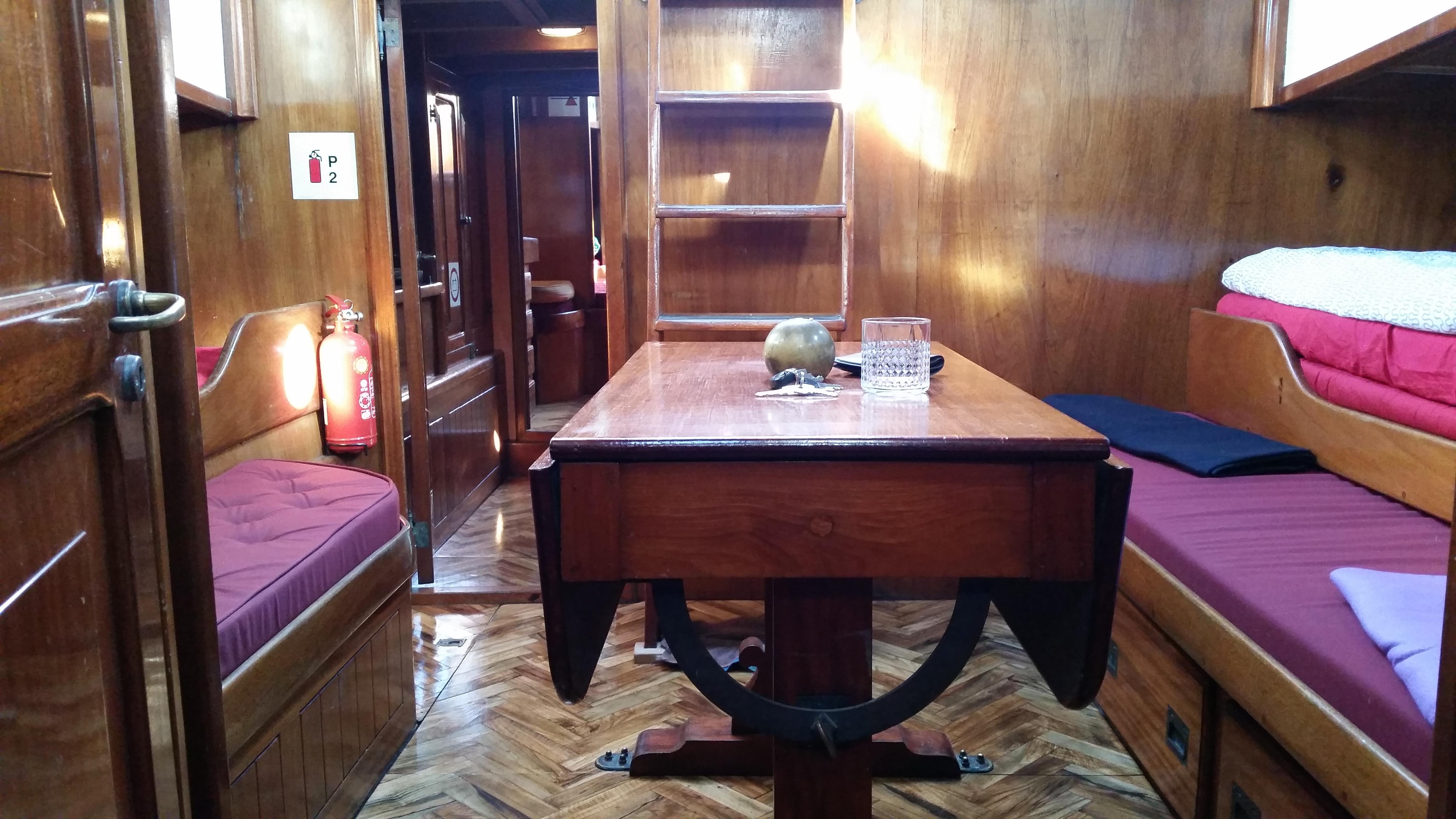 schooneryacht samyrah mieten in hamburg. Black Bedroom Furniture Sets. Home Design Ideas